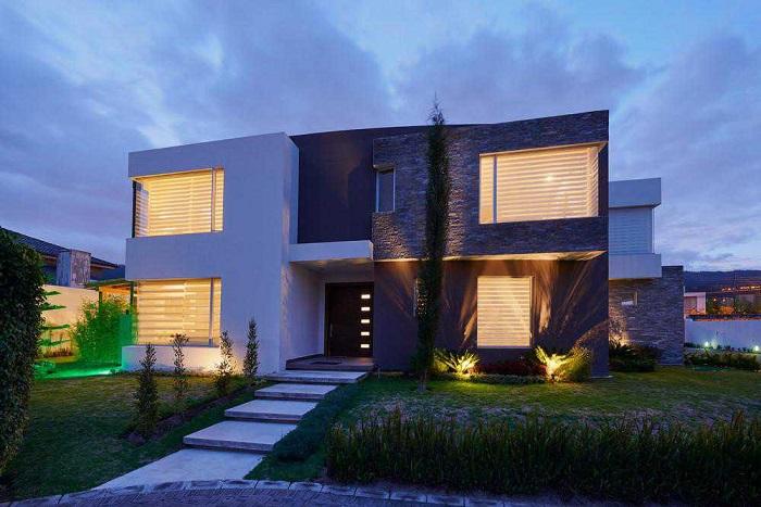 modernes massivhaus kaufen preise und design. Black Bedroom Furniture Sets. Home Design Ideas